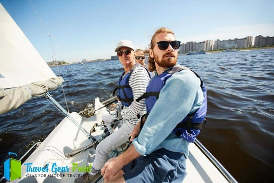 Best Life Jackets For Sailing