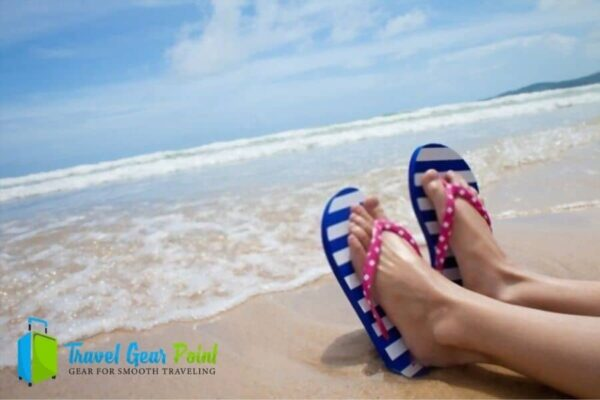 15 Best Beach Sandals For You – Ultimate Guide 2020-21